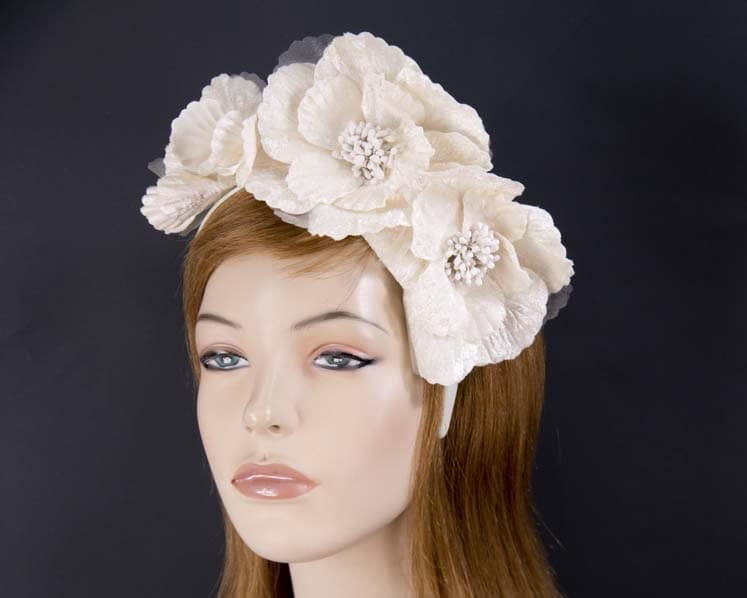 Cream flower fascinator