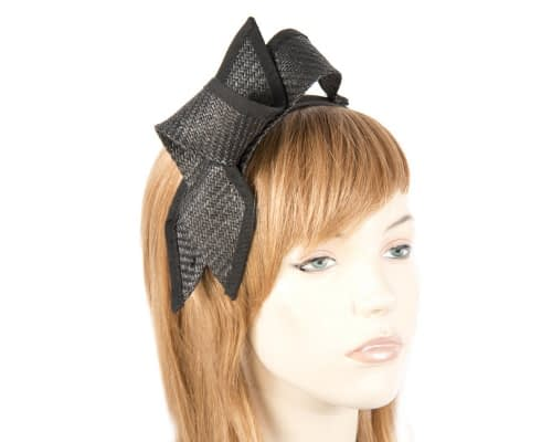 Black racing fascinator Max Alexander