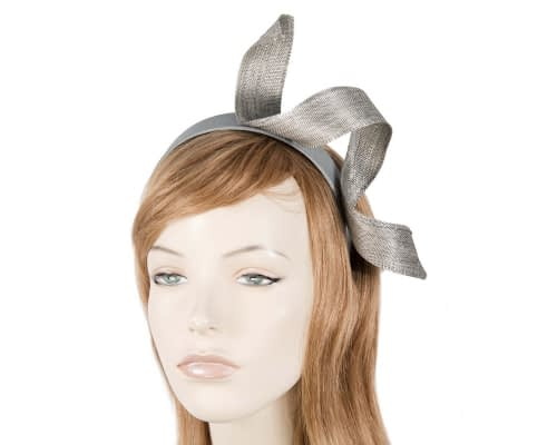 Silver Fillies Collection racing fascinator