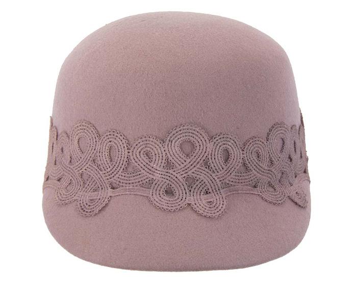 Fascinators Online - Dusty pink felt ladies cap with lace 3