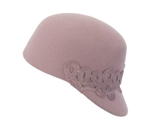 Fascinators Online - Dusty pink felt ladies cap with lace 2