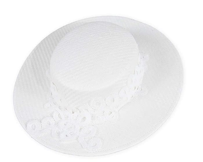 Fascinators Online - White fashionable boater hat with lace 2