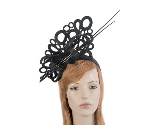 Fascinators Online - Black laser-cut fascinator with long feathers 1