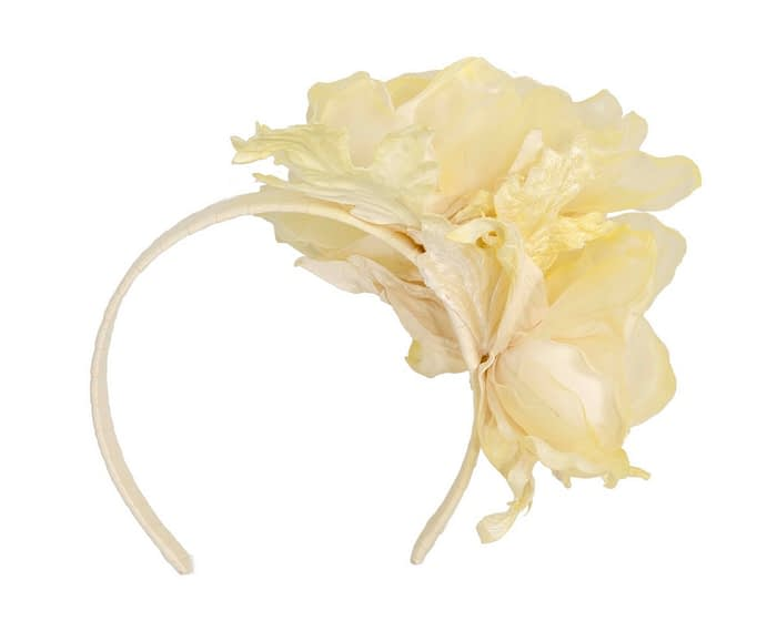 Fascinators Online - Light Yellow Silk Flower Fascinator by Fillies Collection 4