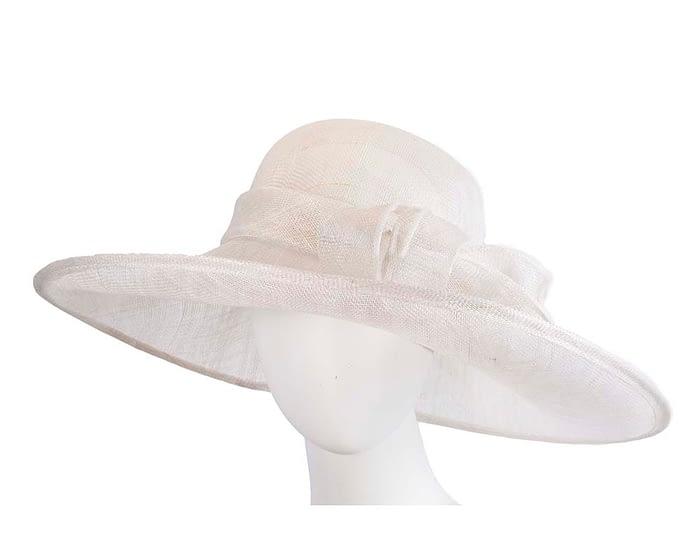 Fascinators Online - Wide brim white sinamay racing hat by Max Alexander 1