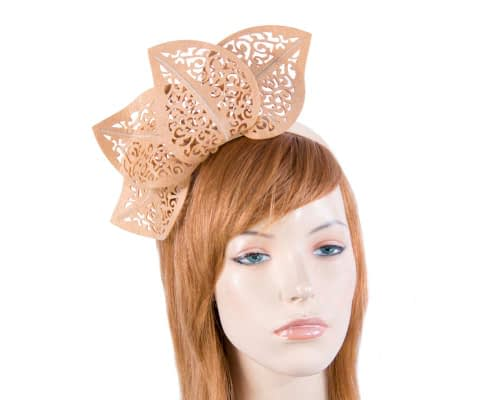 Fascinators Online - Beige laser-cut racing fascinator 12