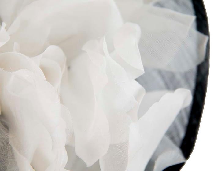 Fascinators Online - Tall black & white silk abaca racing fascinator 3