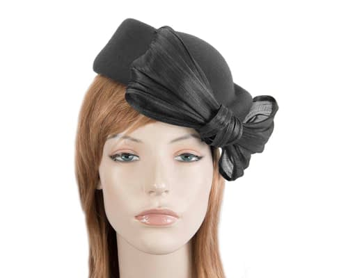 Fascinators Online - Black felt ladies fashion beret hat with bow by Fillies Collection 2