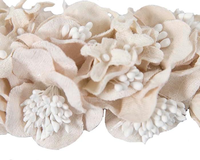 Craft & Millinery Supplies -- Trish Millinery- FL42 cream closeup