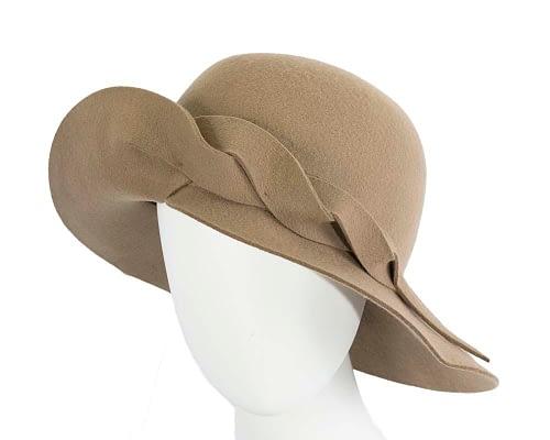 Unusual wide brim camel felt hat by Max Alexander Fascinators.com.au J366 camel