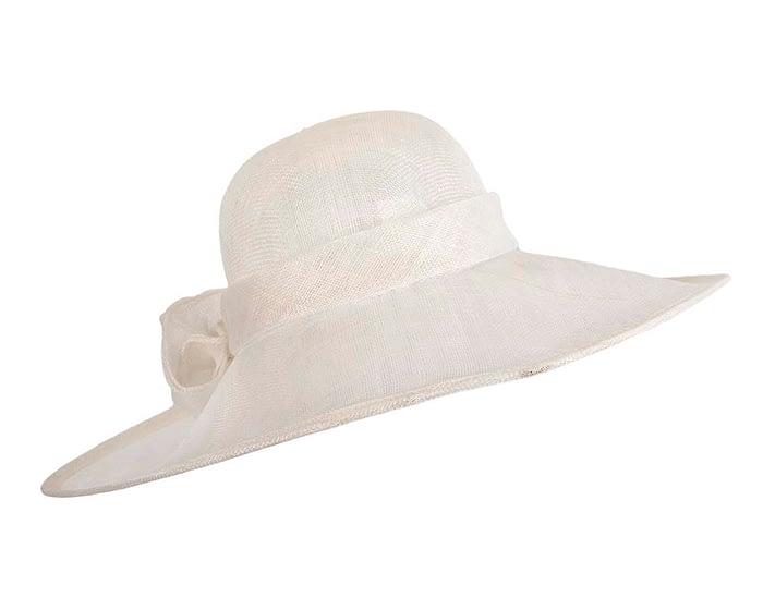 Wide brim white sinamay racing hat by Max Alexander Fascinators.com.au