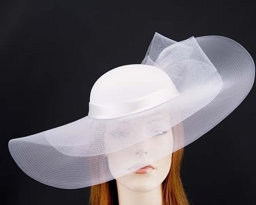 White fashion hat for Melbourne Cup races & special occasions S152W Fascinators.com.au
