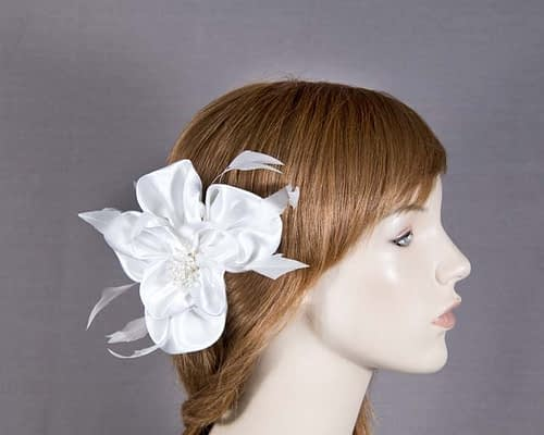 White fascinator 5005W Fascinators.com.au
