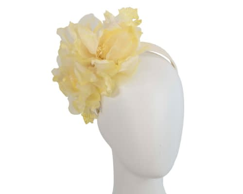 Large light yellow flower headband fascinator by Fillies Collection Fascinators.com.au S248 yellow