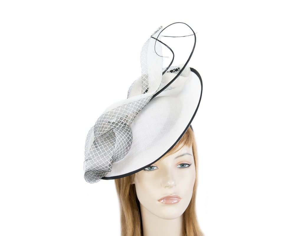 Large white plate fascinator by Max Alexander