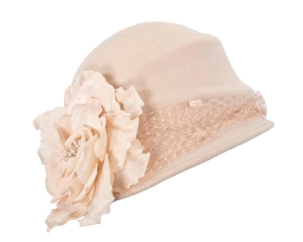 Nude embroidered winter beret by Max Alexander Online in