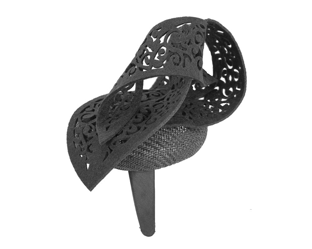 Black racing fascinator with laser-cut ornament by Fillies Collection