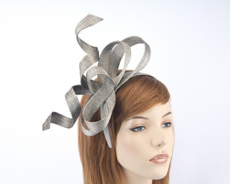 Exclusive silver fascinator by Fillies Collection S169S