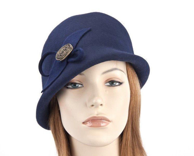 Navy felt bucket hat with brass buckle J302N
