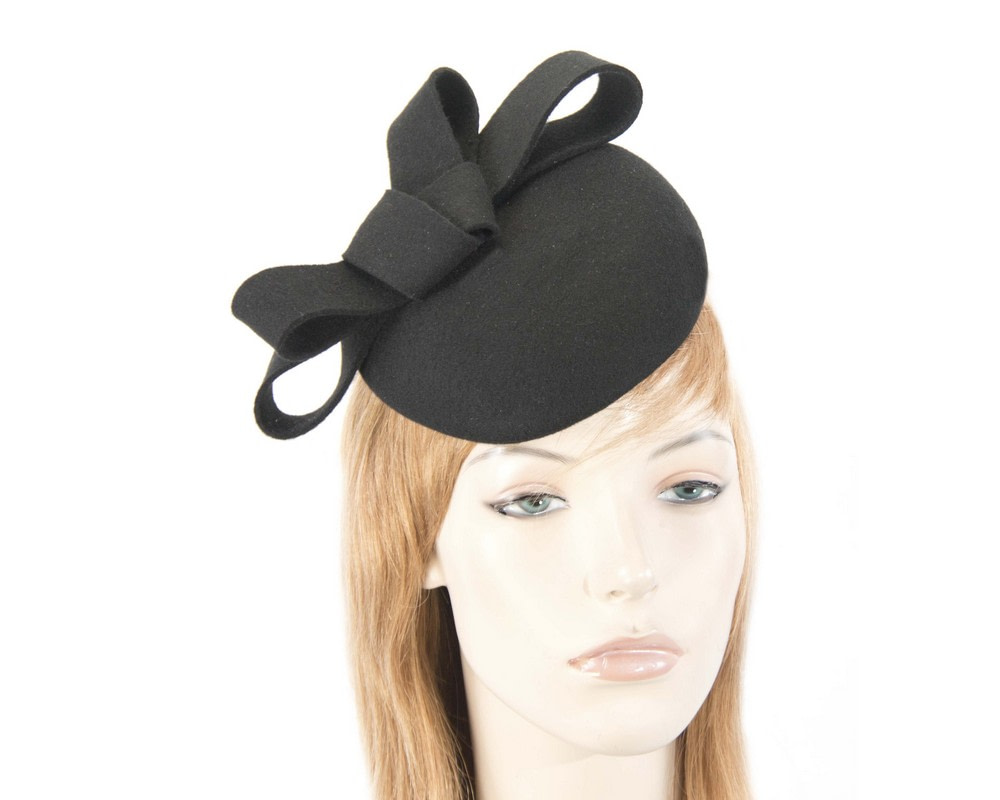 Black felt winter racing pillbox fascinator