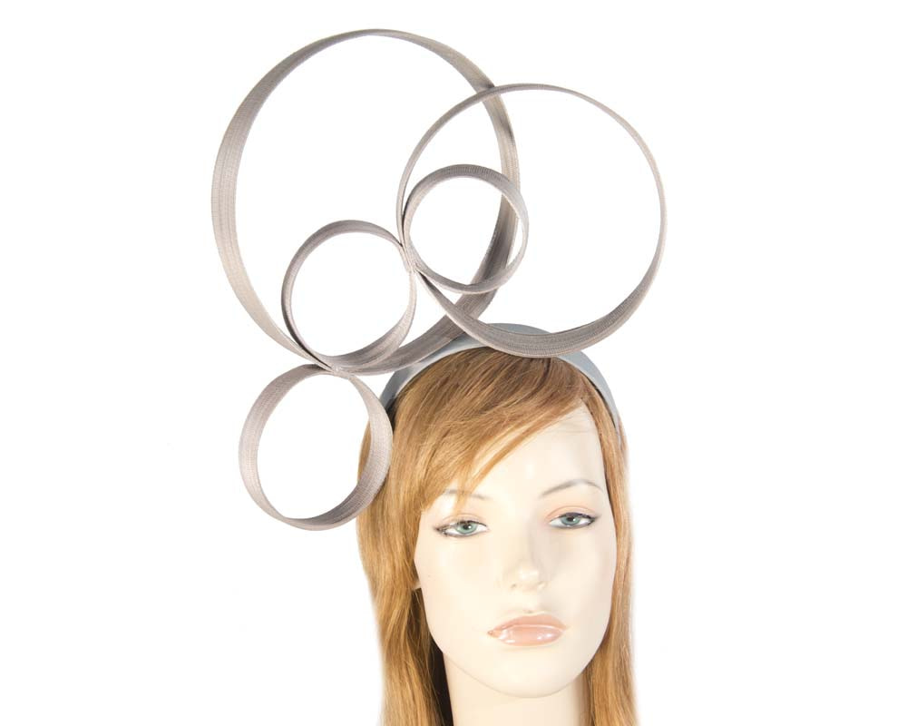 Sculptured grey fascinator