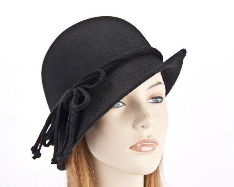 Black felt cloche hat with rope trim J310B