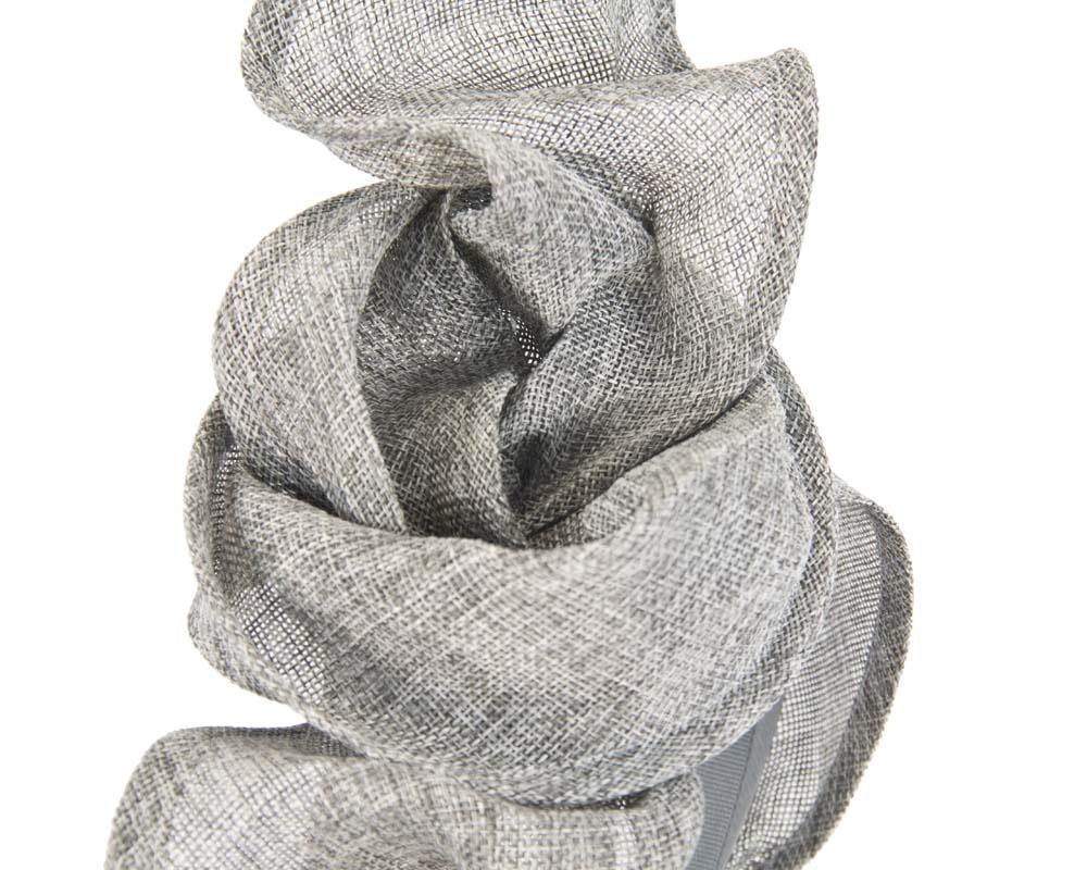 Silver linen constructed fascinator