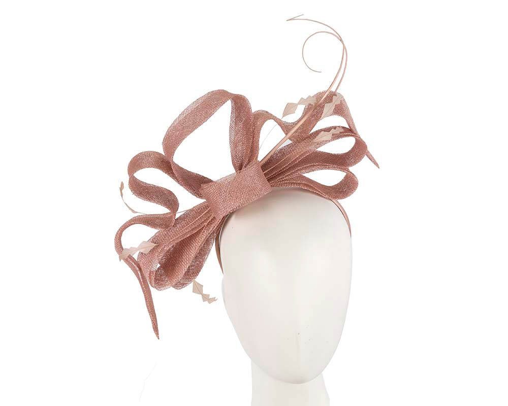 Large sculptured nude racing fascinator by Cupids Millinery