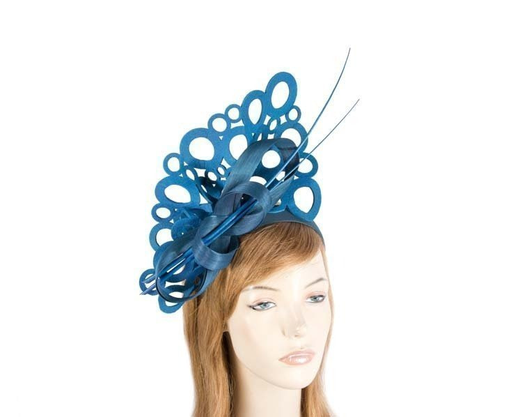 Blue sculptured fascinator for racing