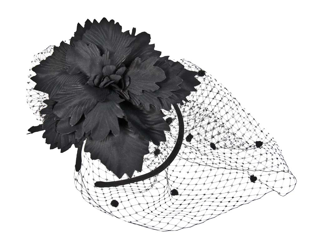 Black flower & veil fascinator
