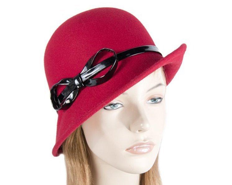 Red felt ladies cloche hat
