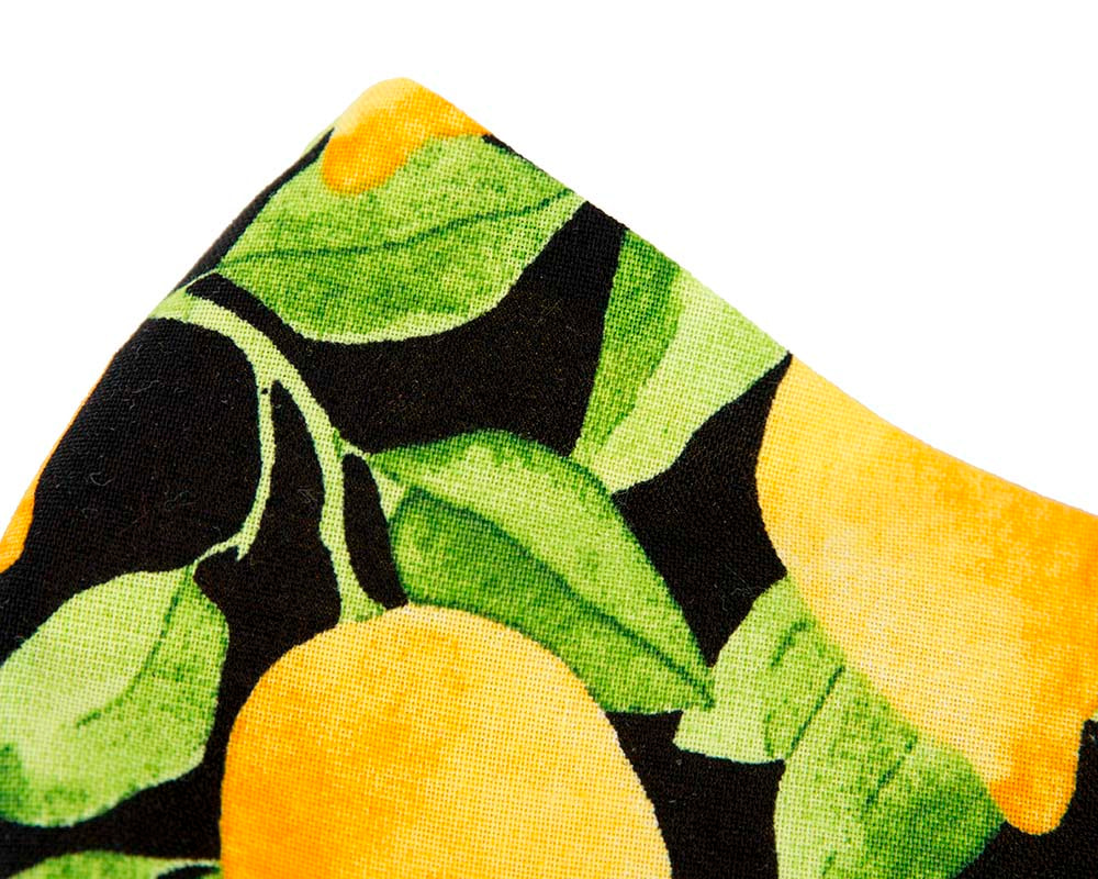 Comfortable re-usable cotton face mask with citrus print