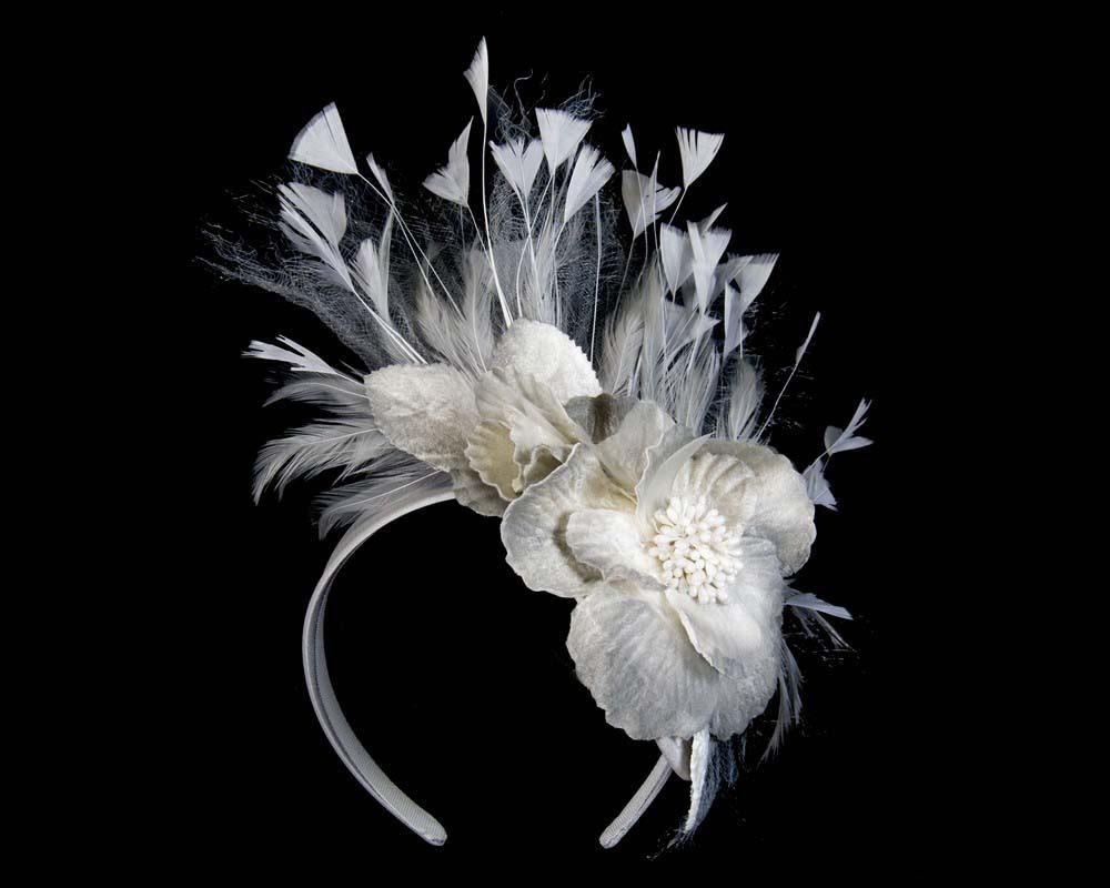 Silver designers flower fascinator