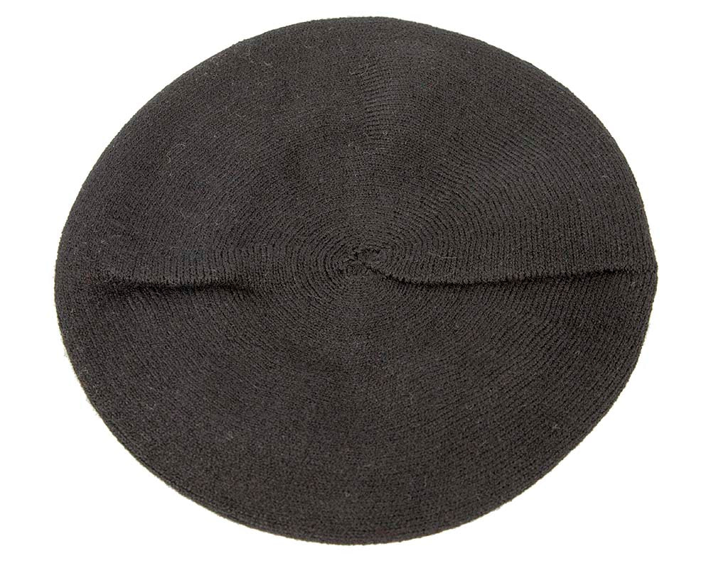 Classic woven black beret by Max Alexander
