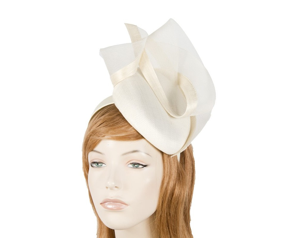 Tall cream pillbox fascinator