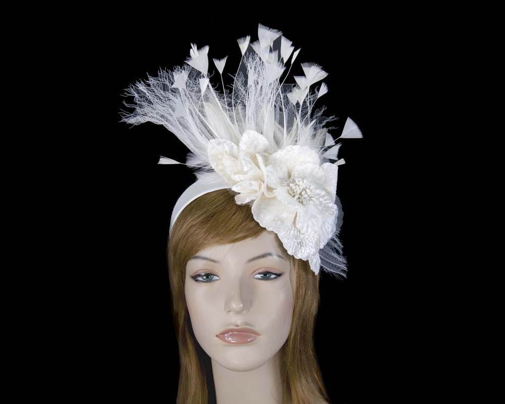 Cream designers flower fascinator
