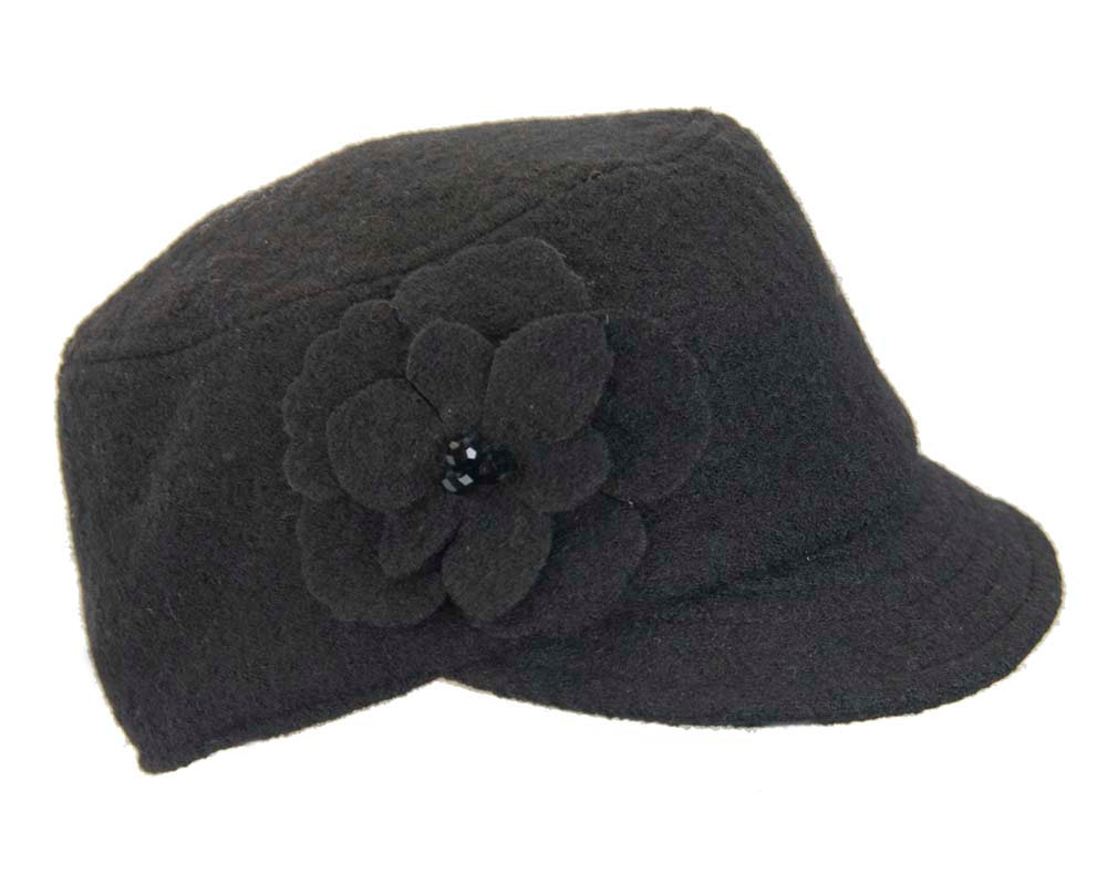 Black winter casual cap
