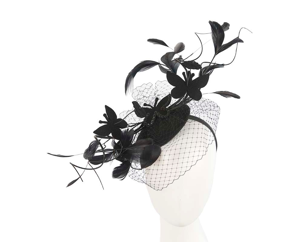 Black feather racing fascinator by Cupids Millinery