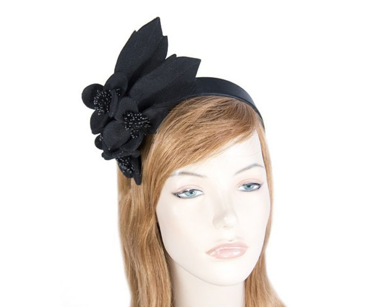 Black felt racing fascinator