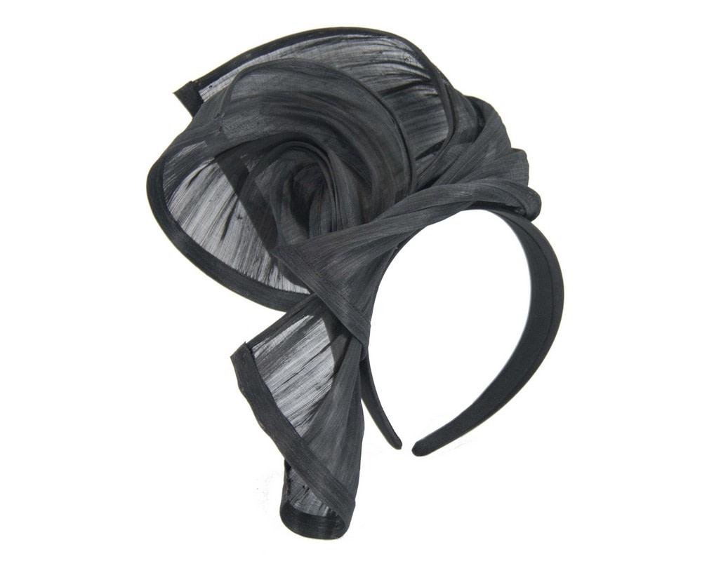 Bespoke black silk abaca racing fascinator by Fillies Collection
