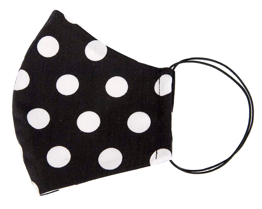 Comfortable re-usable face mask with polka dot