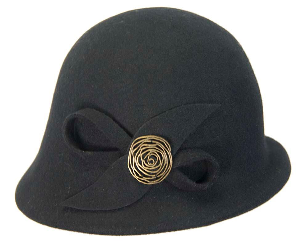 Black felt bucket hat with brass buckle