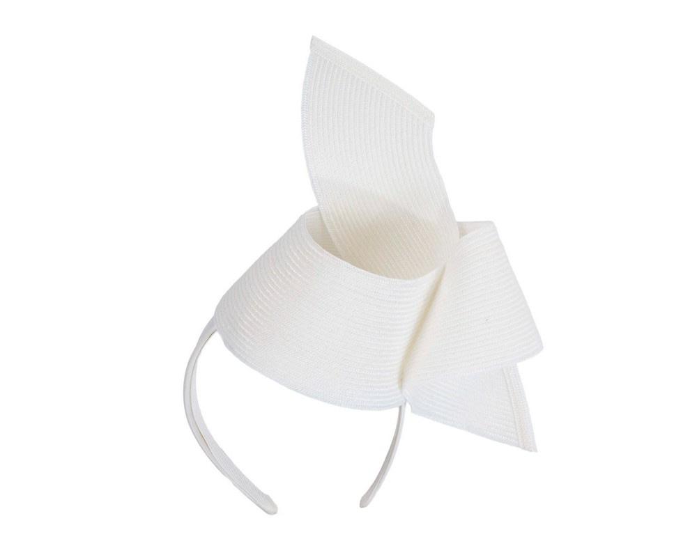 Modern white fascinator by Max Alexander