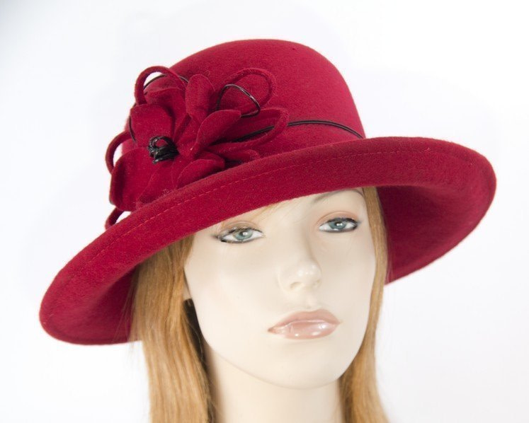 Red felt ladies fashion hat by Max Alexander