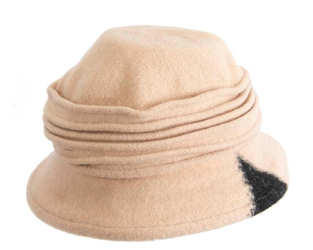 Soft beige winter bucket hat by Max Alexander