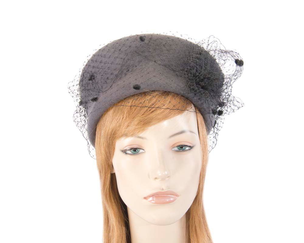 Large grey & black felt beret hat