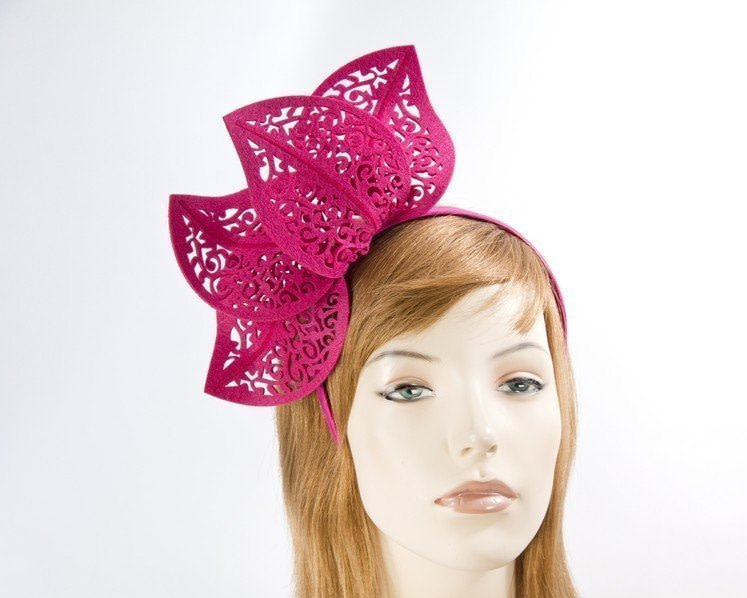 Modern fuchsia racing fascinator by Max Alexander