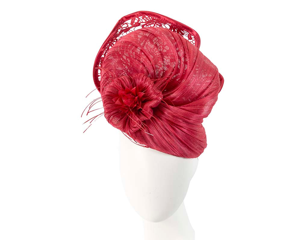Large red racing fascinator with lace