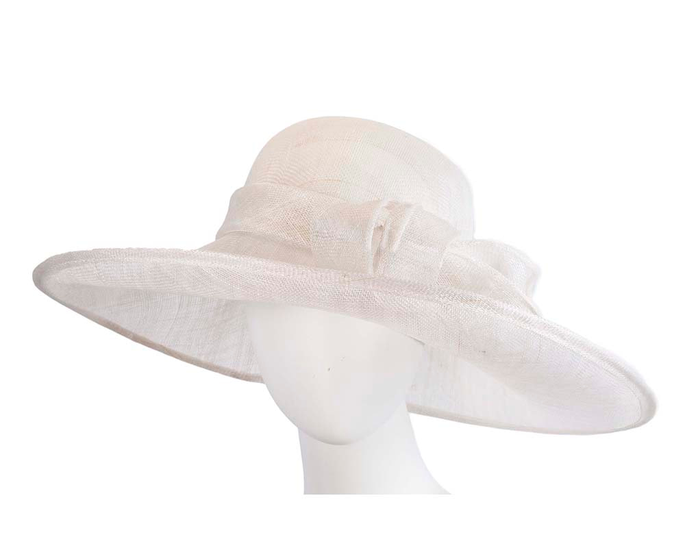 Large white racing hat by Max Alexander