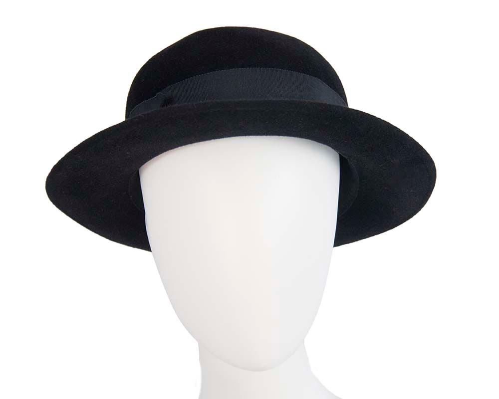 Exclusive black rabbit fur hat